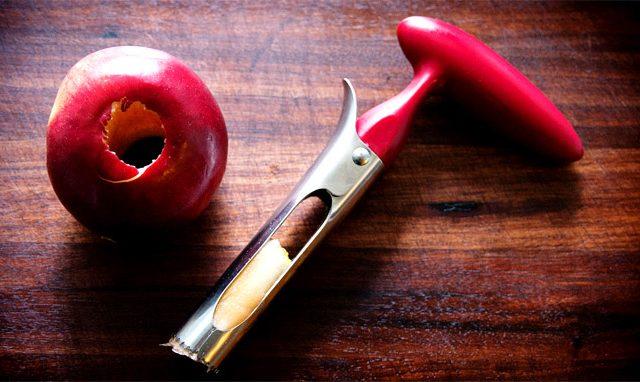 Dispositivo di rimozione nucleo per mele
