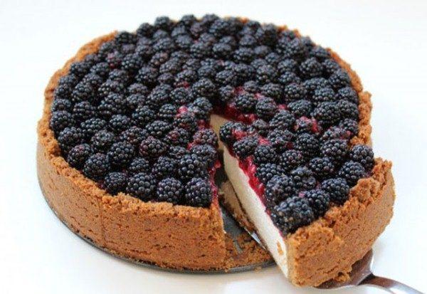 Torta al sandwich di Blackberry