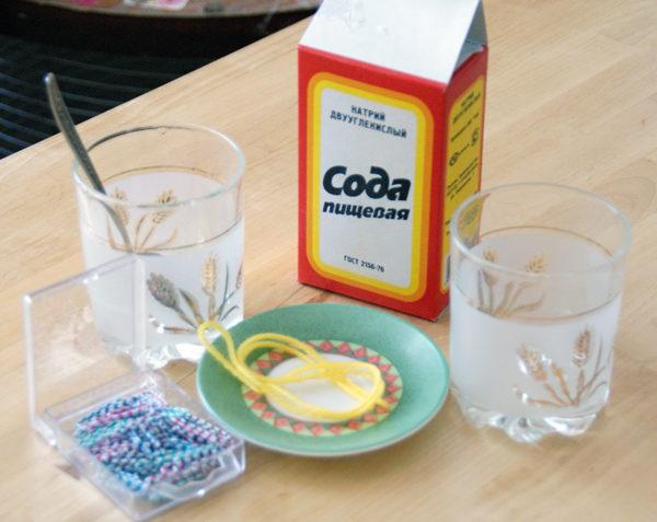In caso di avvelenamento, è preferibile bere la soluzione di soda e indurre il vomito.